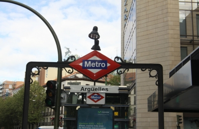 Metro arguelles